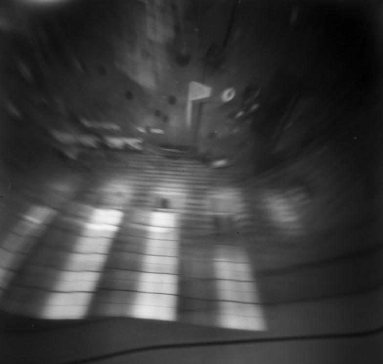 Kleine Schalterhalle, Stuttgart Hauptbahnhof, Lochkamera Fotografie, Belichtungszeit: 1 Stunde