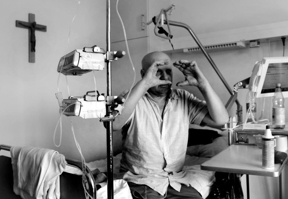 """Krebs, Hoffnung, Tod, Liebe, Przemek Zajfert, Foto von Patrick Zajfert, aus der Mappe """"Krebs"""""""